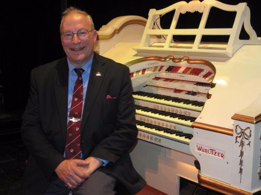 organ recital at narrowboat event